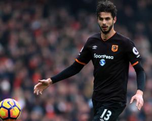 Hull hit back to beat Hammers and boost survival hopes