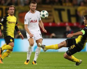 Tottenham boss Mauricio Pochettino urges Eric Dier to nail down best position