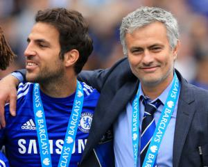 Transfer News - Fabregas to United, Kante and Stones in the spotlight