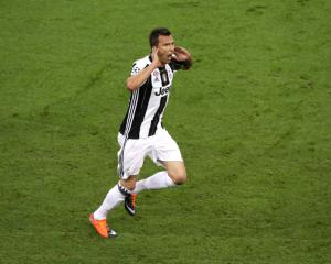 5 of the best Champions League final goals