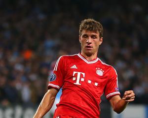 Title celebrations put on hold as Bayern Munich held to draw