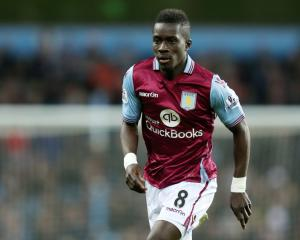 Everton complete signing of Idrissa Gueye from Aston Villa