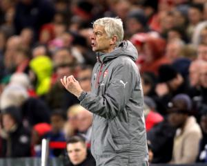 Arsene Wenger demands perfection in order for Champions League qualification