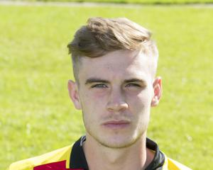 Partick Thistle agree fee with Barnsley for defender Liam Lindsay