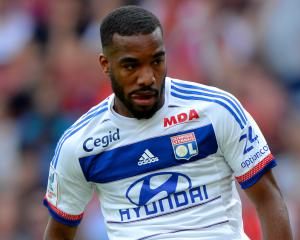 Lacazette closing in on big-money move to Arsenal, says Lyon president Aulas