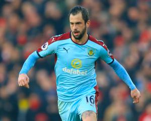 Burnley midfielder Steven Defour to have late fitness test before Middlesbrough