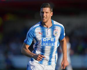 Hudson announces retirement and joins Huddersfield coaching staff