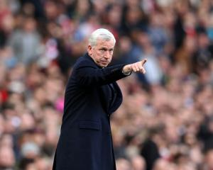 Alan Pardew admits mistakes during Palace's poor run
