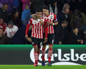 Sofiane Boufal scores on debut as Southampton beat Sunderland in EFL Cup