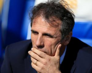 Gianfranco Zola's job not under threat say Birmingham