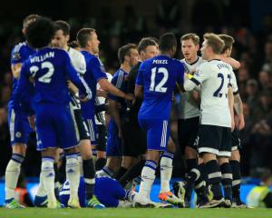 Guus Hiddink believes Tottenham will learn from fiery Stamford Bridge clash