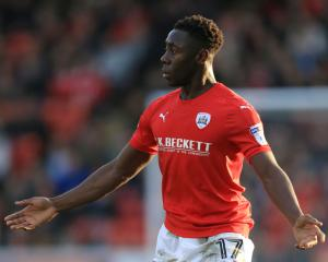 Barnsley defender Andy Yiadom misses out on Huddersfield move as deal collapses