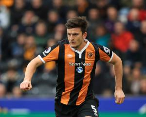 Harry Maguire dismisses contract talk as Hull battle to avoid relegation