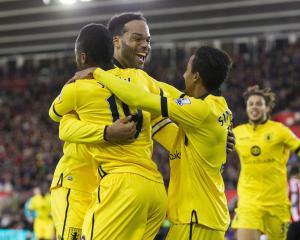 Southampton allow struggling Aston Villa to leave with precious point