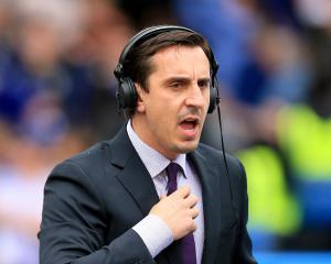 Gary Neville tells Manchester United to sign a striker after Swansea City loss