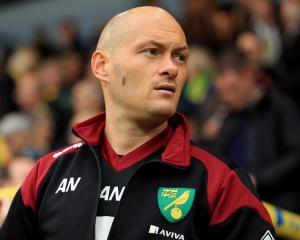 Canaries boss Alex Neil set to ring the changes for Toffees trip