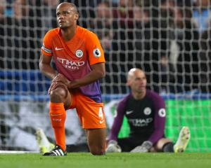 Vincent Kompany targets Champions League qualification and FA Cup final place