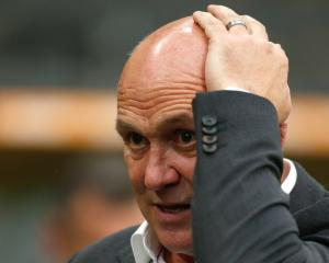 Mike Phelan hopes to return to management after departure from Hull