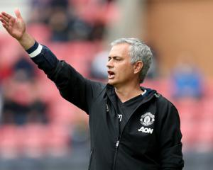 Jose Mourinho vows to give everything to bring success to Manchester United