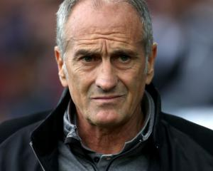 Swansea planning to give Francesco Guidolin time to improve club's fortunes