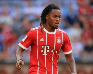 Swansea close to loan deal for Bayern Munich's Renato Sanches
