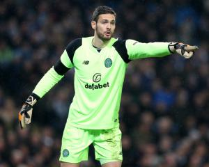 Celtic goalkeeper Craig Gordon expecting tough game against Rangers