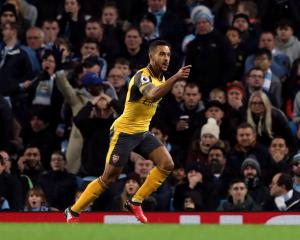 Theo Walcott hoping Arsenal can put second-half disappointments behind them
