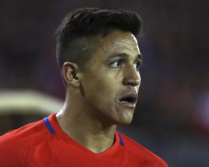 Alexis Sanchez is the David Beckham of Chile, says Arsene Wenger