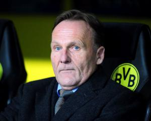 Dortmund general manager Hans-Joachim Watzke against title-deciding play-off