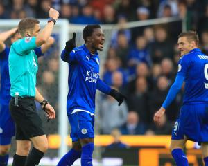 Leicester to appeal against Jamie Vardy's red card