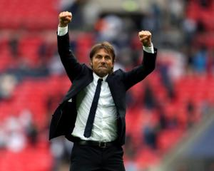 Win at Tottenham sends out the right message, says Chelsea boss Antonio Conte