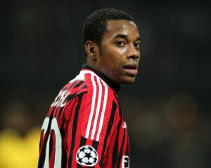Robinho agrees Santos loan deal