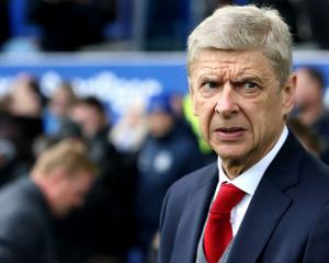 Wenger's performance to be reviewed next year – but he says he is still hungry