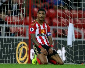 Patrick van Aanholt withdrawn from team to face Spurs after heart tests - Moyes