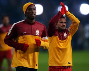 Drogba & Sneider feature as Galatasaray cruise to 3-0 win against Shrewsbury
