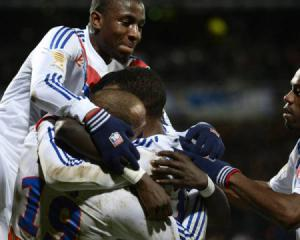 Lyon continue march up table