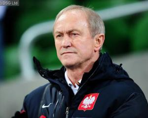 Smuda wants knockout spot for Poland