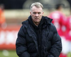 John Sheridan returns for fifth spell as Oldham manager as Latics sack Robinson