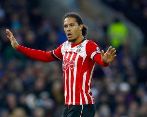 Southampton boss Claude Puel to assess Virgil van Dijk ahead of Liverpool clash
