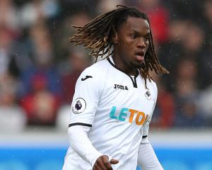 Alfie Mawson tipping on-loan Renato Sanches to be Swansea star