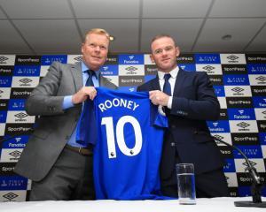 Wayne Rooney excited by Everton return