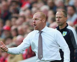 Dyche masterminds another away point