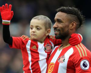 Jermain Defoe to be guest of honour at Bradley Lowery's birthday party