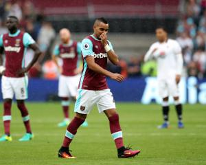 West Ham leave wantaway Dimitri Payet in limbo over Marseille move