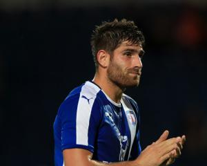 Ched Evans debut goal earns Chesterfield a point at Oxford