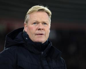 Everton manager Ronald Koeman wary of Hull threat