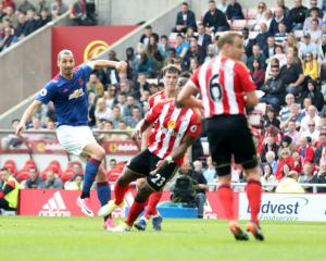 Sunderland's relegation fears deepen with Manchester United defeat
