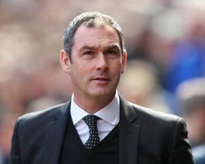 Clement bemoans lack of handball call