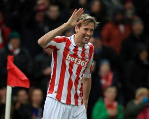 Ryan Shawcross and Peter Crouch on target as Stoke sting Hornets