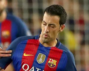 Sergio Busquets pens new Barcelona deal and intends to end his career at Camp Nou